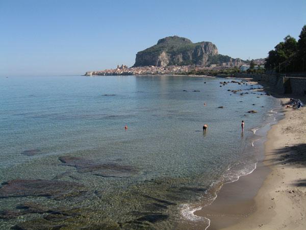 http://www.sicile-sicilia.net/photos/cefalu/IMG_0970.jpg