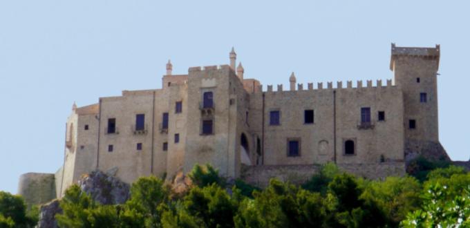 castello-di-carini