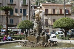 fontana del tritone, monreale