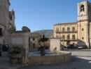 Place Umberto Ier à Palazzo Adriano