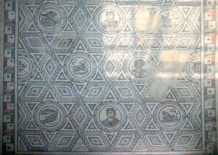 Mosaici, visita della Villa del Casale
