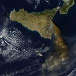 Éruptions de l'Etna vu du ciel