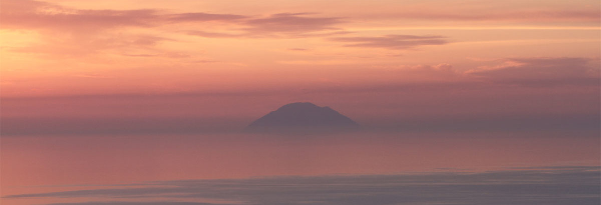 Des îles autour de la Sicile, les éoliennes