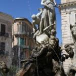 Piazza Archimede, fontana di Diana